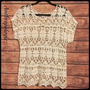 Anthropologie / solitaire ivory crochet top